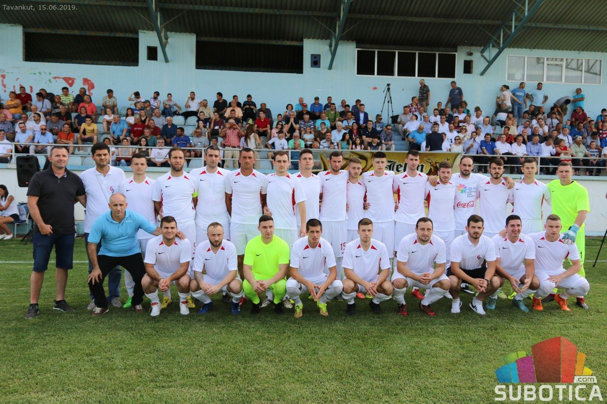 Bild zum Eintrag: Football team of Serbs from Croatia
